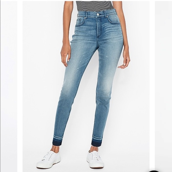 Express Perfect Curves High Waisted Ankle Jean